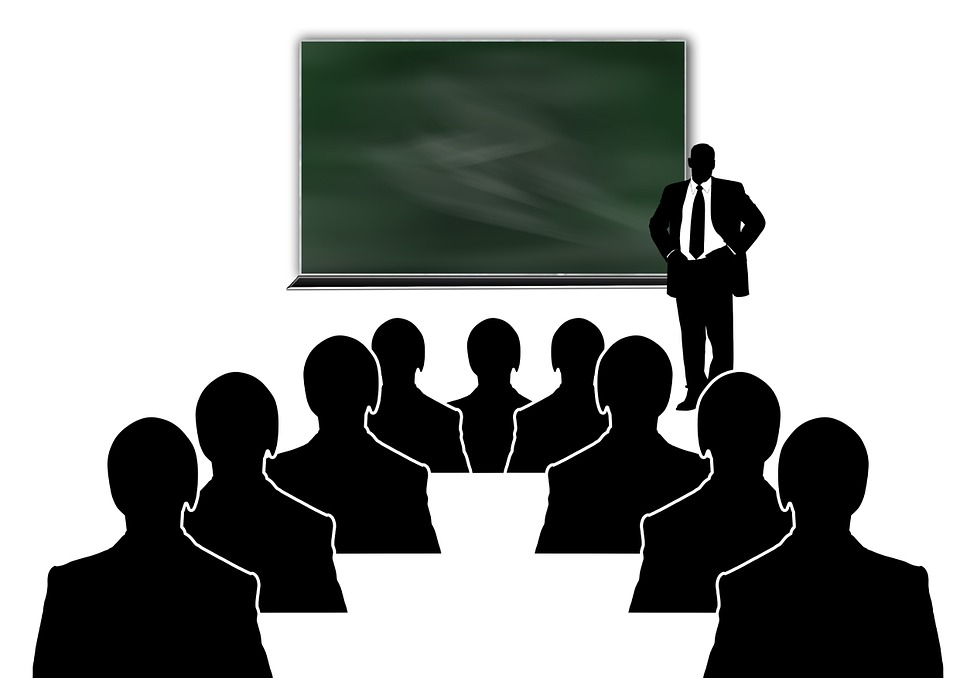 Mångfaldsträning kontrollerar cheferna och känns tvingande.